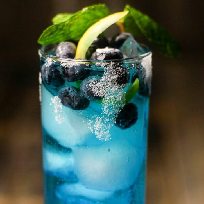 Bangin' Blueberry Lemonade! #summerdrink #bluedrink