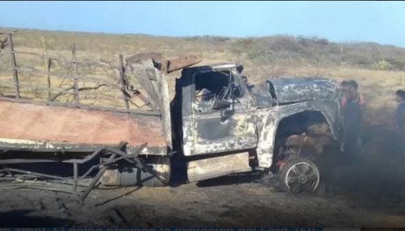Murieron carbonizados tras esquivar un hueco en la vía en Maracaibo