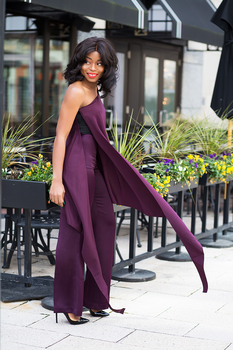 One shoulder jumpsuit, www.jadore-fashion.com
