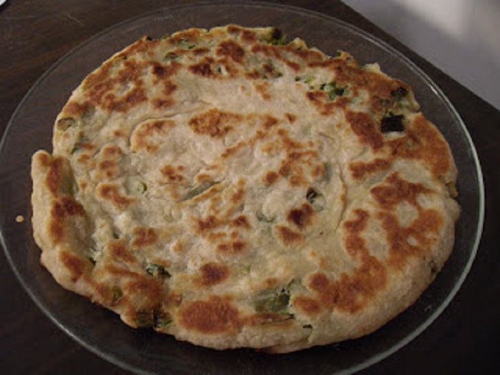 Instructions on How to Make Scallion Pancake