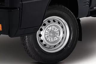 ukuran dimensi roda dan pengereman pada mitsubishi colt L300