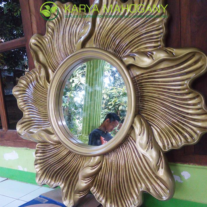 Pigura Cermin Motif Bunga | Harga Pigura Cermin Jepara
