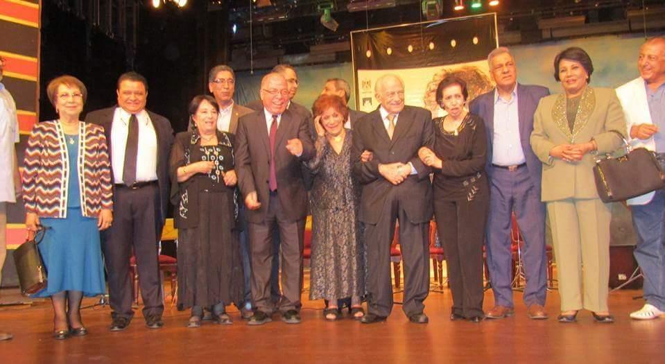 تكريم عايدة عبد العزيز مساء امس الاربعاء على مسرح المركز القومي