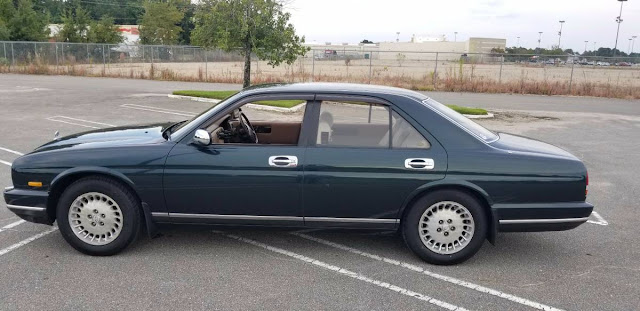 Daily Turismo: Seems Expensive: 1992 Nissan Cima III Y32