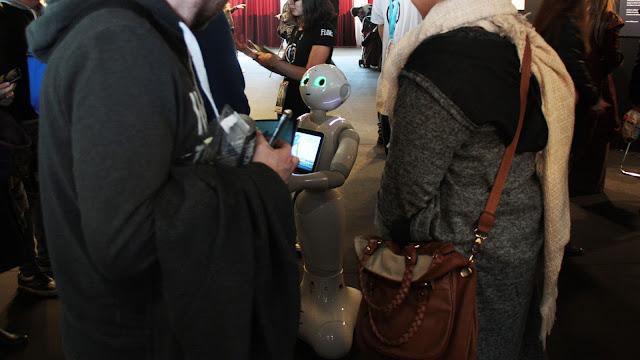 utopiales-nantes-2016-robot