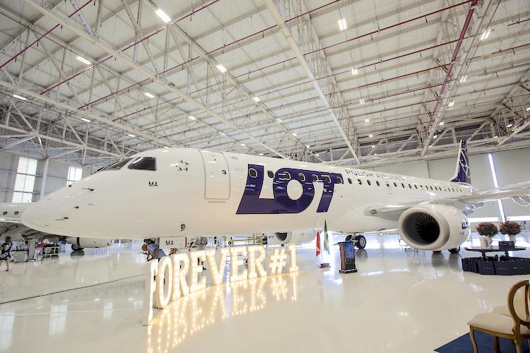 lotnisko London City, połączenie do London City, LOT London City, LOT do Londynu, najszybciej do Londynu, Linie lotnicze, LOT, LOT Embraer 190