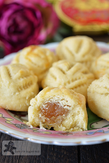 melt in the mouth condensed milk enclosed pineapple tarts