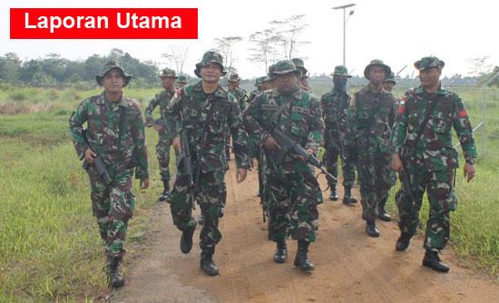 LATIHAN : Sejumlah prajurit TNI Lanud Supadio gelar latihan Pertahanan dan Keamanan. Foto Kapentak TNI AU Lanud Supadio