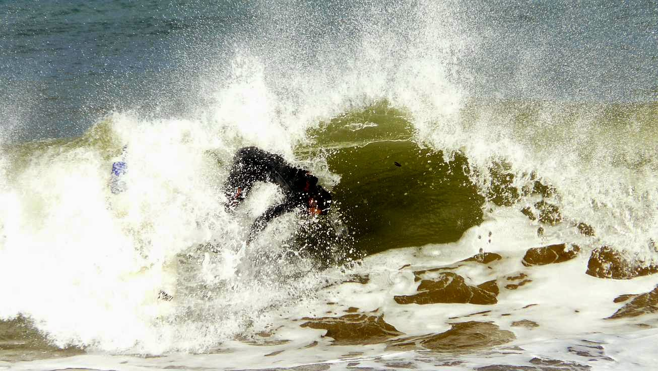 surfing ereaga 12