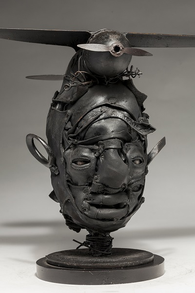 "Ronald Gonzalez - ""Black Wings"" - 2018 | imagenes obras de arte contemporaneo tristes, depresion, esculturas chidas, creative emotional sad art figurative pictures, cool stuff, deep feelings"