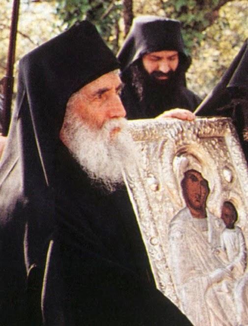 Όσιος Γέρων Παΐσιος, Η Παναγία έφερε στον κόσμο την παραδεισένια χαρά