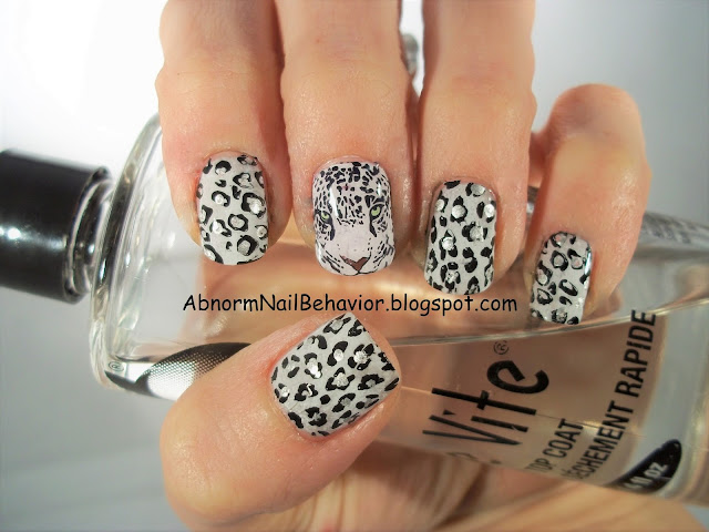 sexy-animal-print-nail-art-short-nails