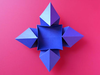 Origami, Fiore o stella© by Francesco Guarnieri, visto da sotto