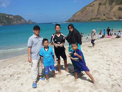 Pantai Cantik Lombok - Pantai Mawun