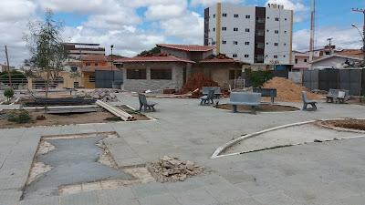 Em Picuí, obra na Praça Getúlio Vargas segue em ritmo acelerado
