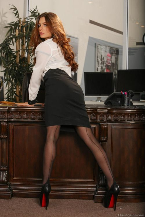 Tight Skirts Page Bottoms Up And Bending Over-5349