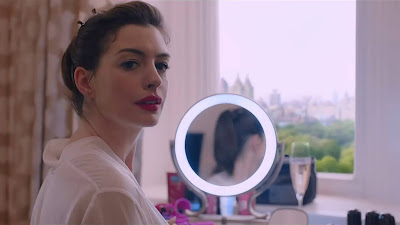 anne hathaway ocean's 8 images