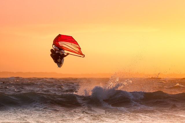 Windsurfing Oahu