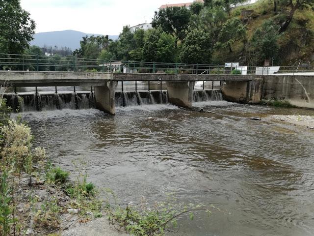 Ponte sobre o Rio Ceira em Serpins