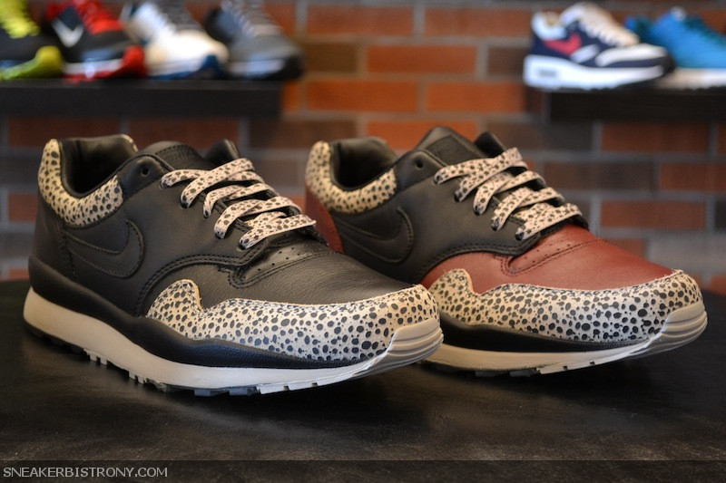 best website 6db28 59e4c KICKS   Nike Air Safari Premium NRG