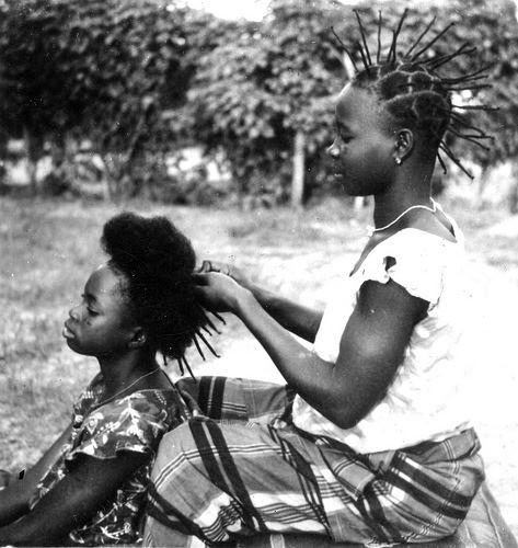 Akan hairstyle