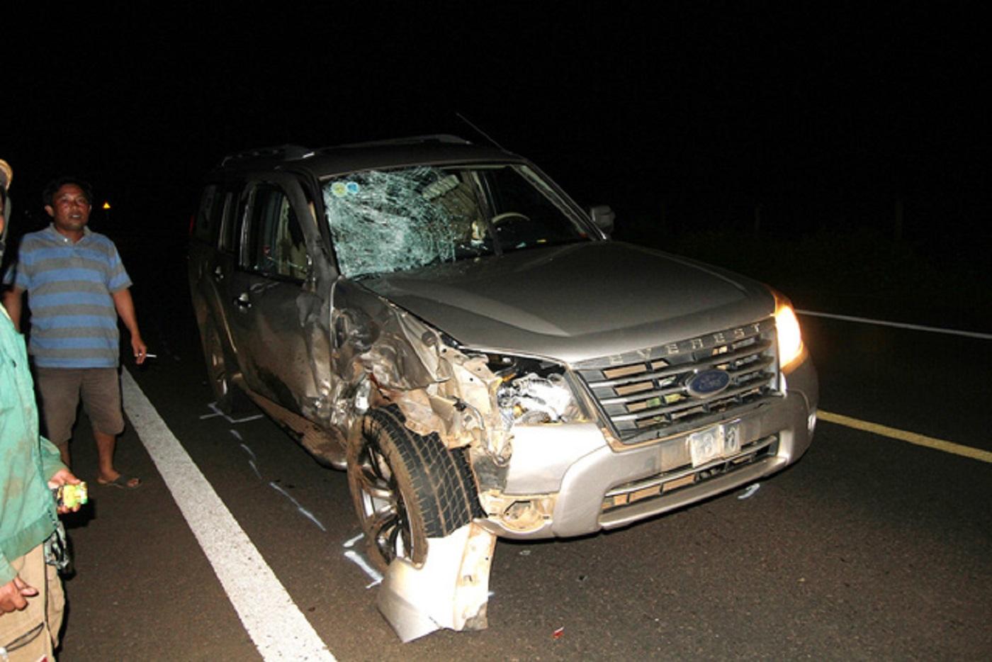 Gia Lai: 2 người tử vong, xe máy bốc cháy do tai nạn giao thông