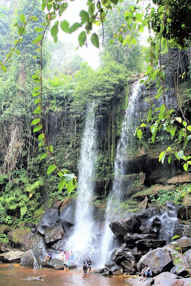 Waterfall on Phnom Kulen mountain, Cambodia - travel blog