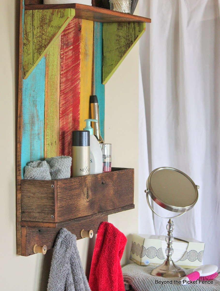 reclaimed wood shelf, rustic decor, storage, bathroom, pallets, http://www.beyondthepicket-fence.com/2014/04/junkers-unite-with-reclaimed-wood-shelf.html