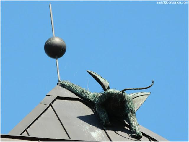 Esculturas de Monos Voladores en Burlington, Vermont
