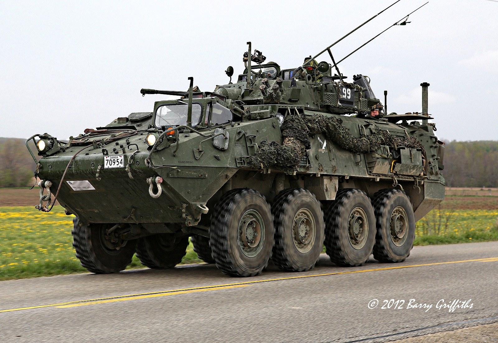 Канадські БТРи можуть піти на озброєння Нацгвардії