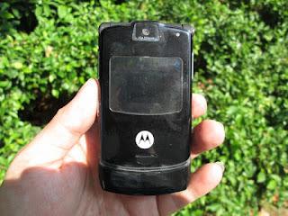 hape jadul Motorola V3