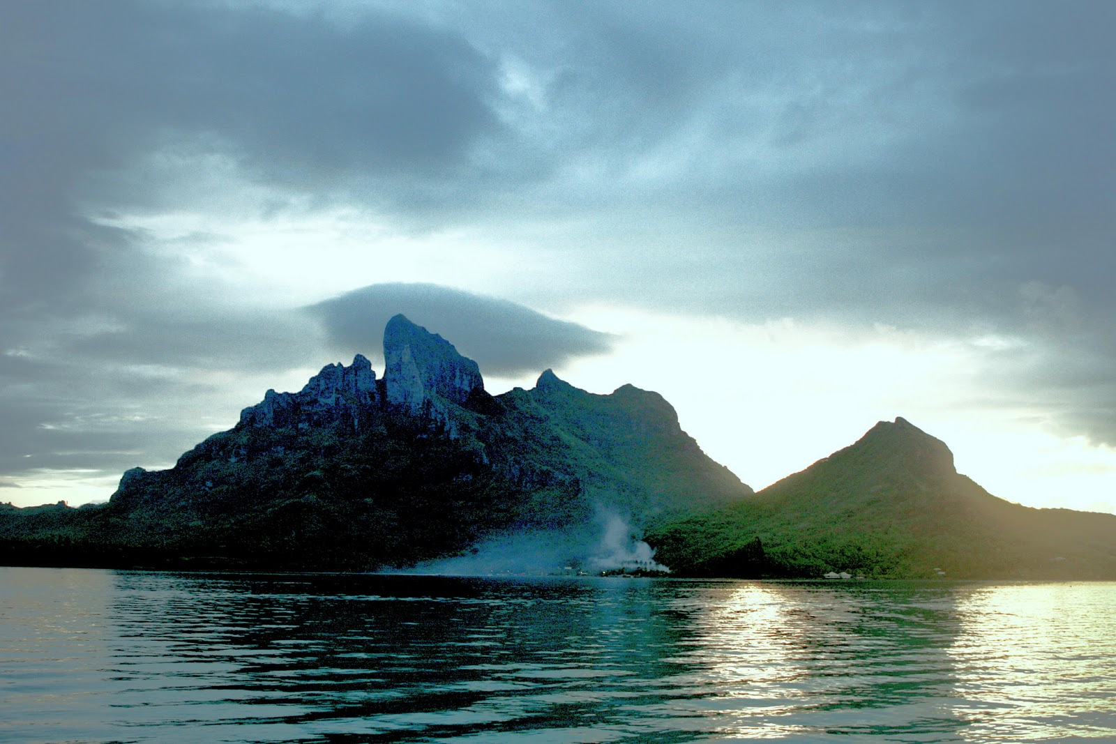 SEARCHING FOR PARADISE: THE MANY FACES OF MOUNT OTEMANU IN