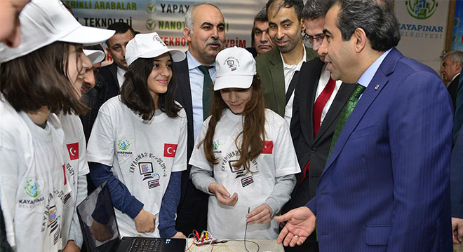Diyarbakır'da bin 500 öğrenci kodlama eğitimiyle buluştu