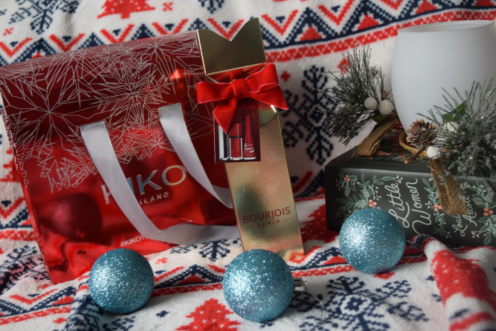 Blogmas Day 2: A cheeky beauty haul