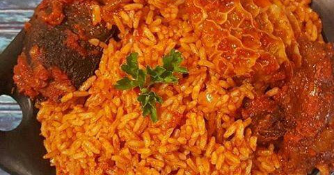 How To Make a Nigerian JOLLOF RICE - Heaven Kalu.