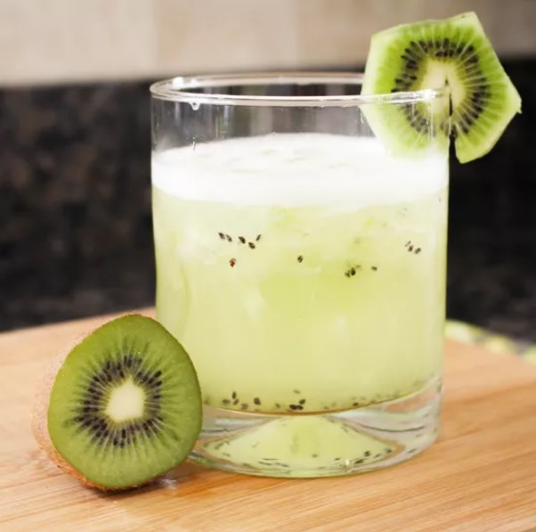 Kiwi Margaritas #summerdrink #fresh