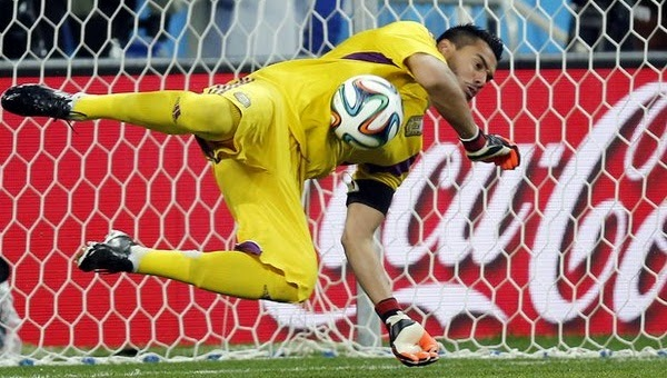 Argentine Goal keeper is hero of the semifinal