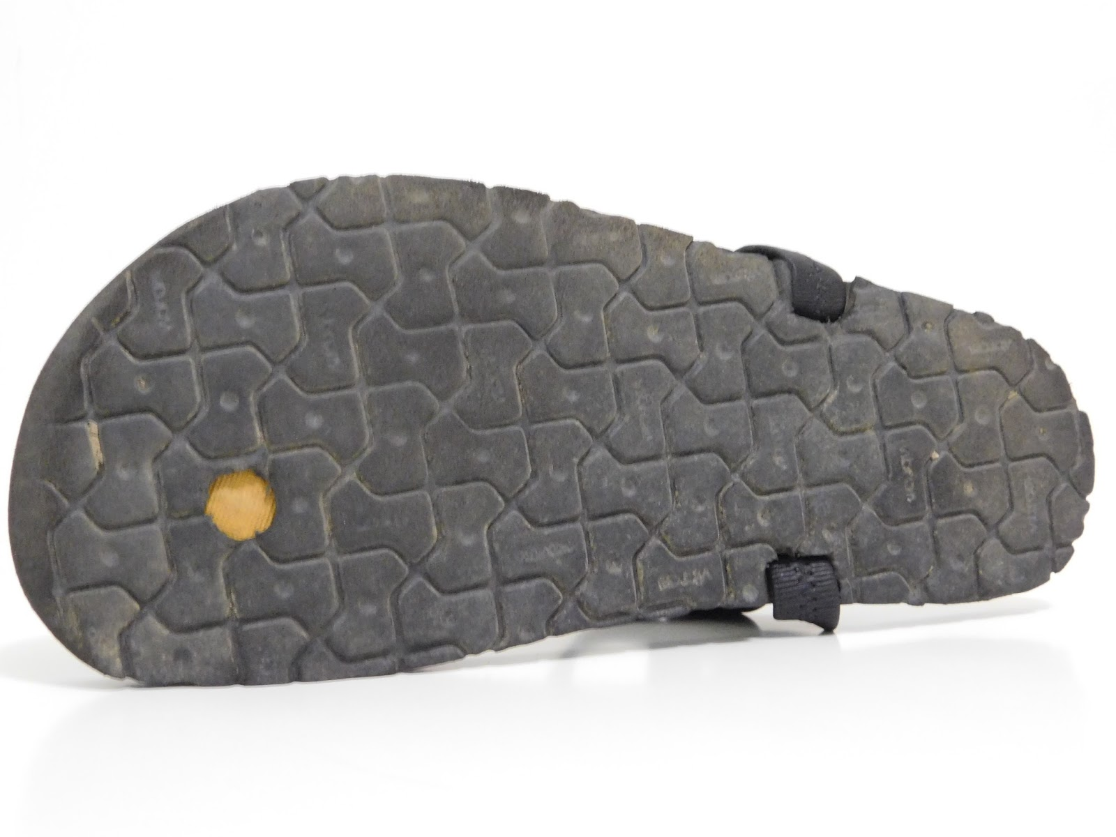f910f4be64f81f The sole of the MG is the best part of the sandal. The MG uses Luna s Mono  sole which is a Vibram foam rubber hybrid. Think Nike Free sole but with  Vibram ...