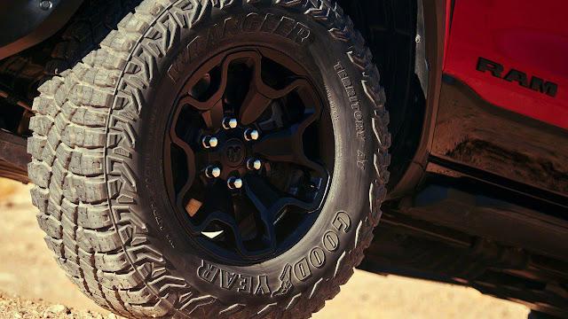 trx-1500-ram-goodyea-wrangler-tire