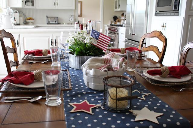 maison-de-cinq-patriotic-tablescape-10