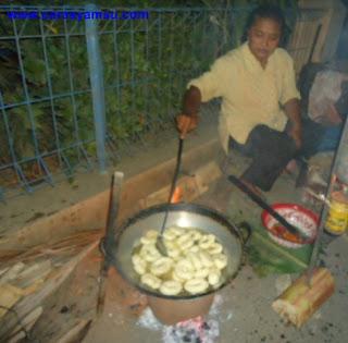 menggoreng Makanan Ringan dari Singkong
