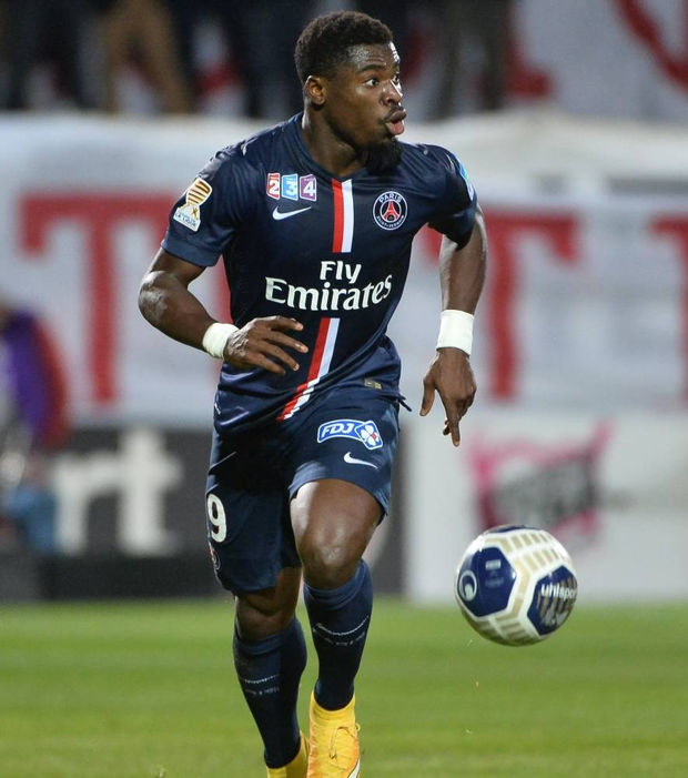 Serge Aurier Photos Et Images De Collection: Football News: Sunderland Interested In Sergio Aurier