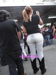 señoras guapas curvas