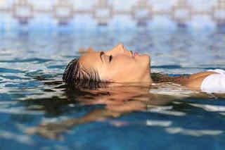 8 betegség vagy állapot, amikor érdemes elkerülni a meleg vizes gyógyfürdőzést