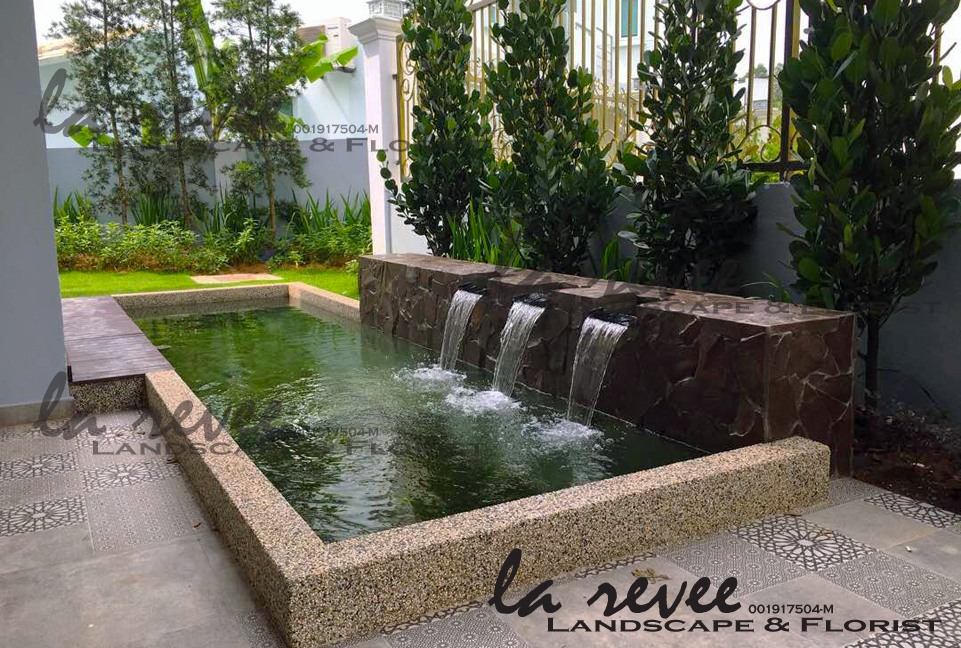 Professional koi pond and landscape contractor for Best koi pond design 2017