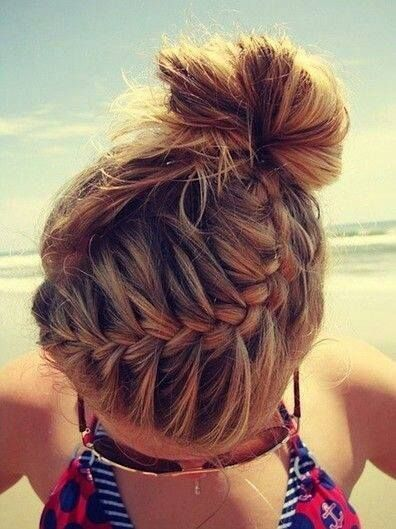 Pretty Braided Hairstyle for Summer