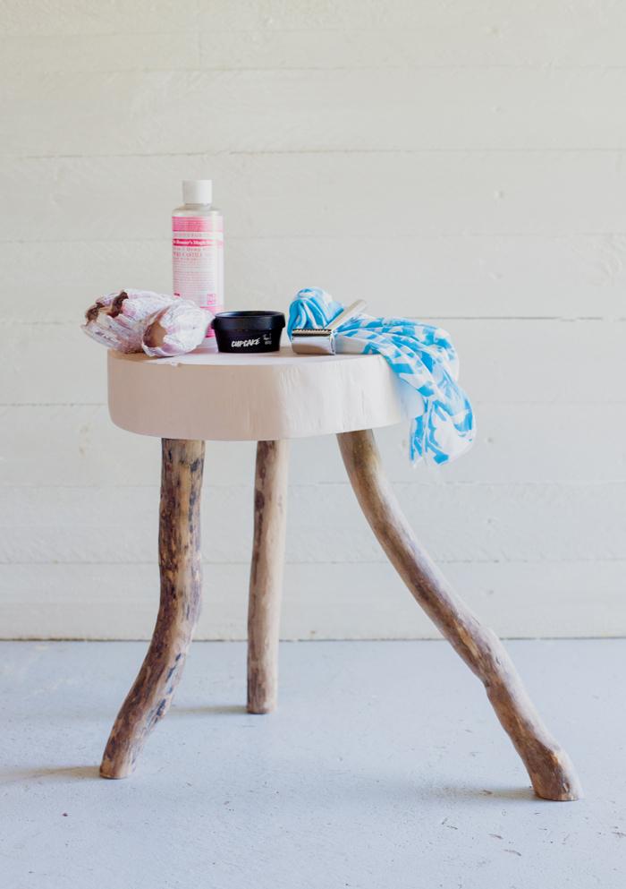 australian bathroom stool