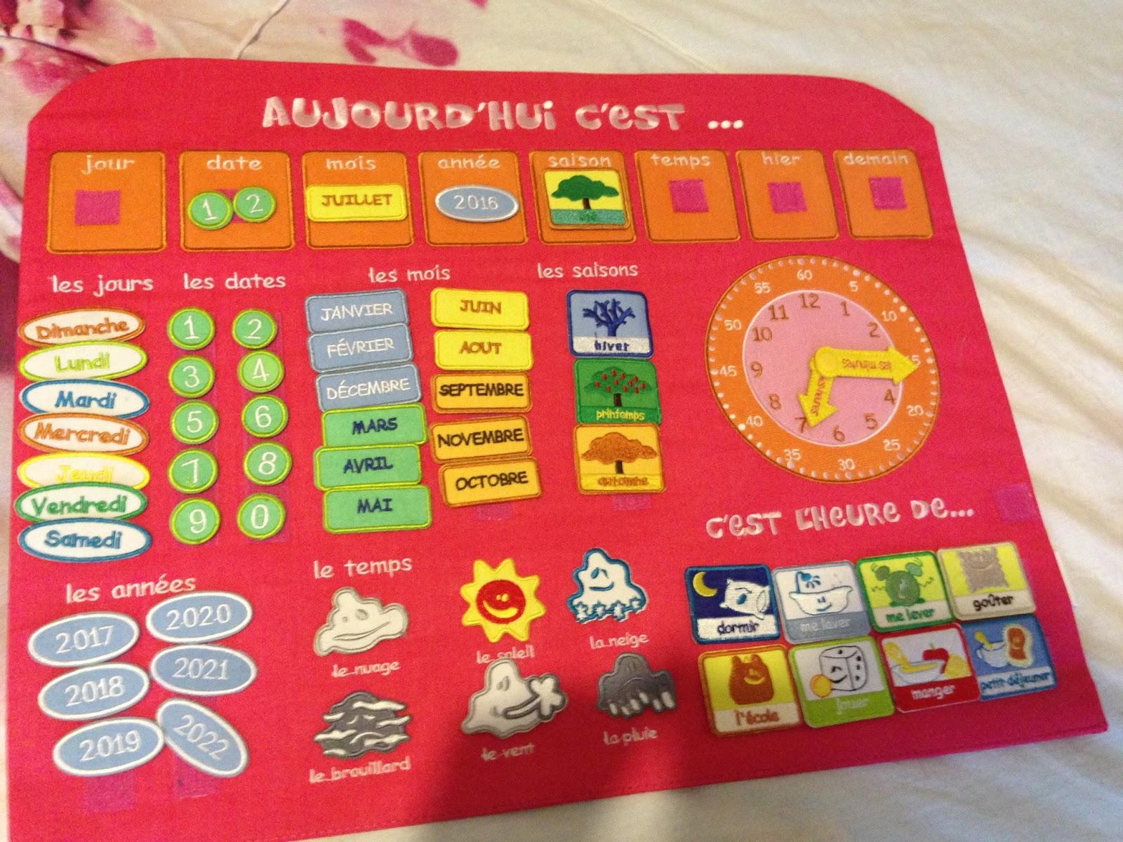 Calendrier Tissu Educatif.Apprendre A Son Enfants Les Reperes Du Temps Avec Le