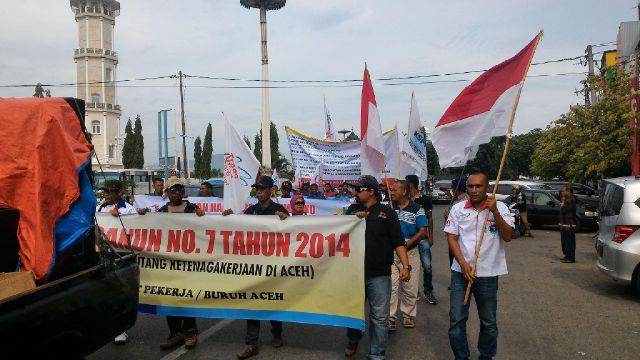 Buruh di Aceh Minta UMP 2016 Rp2,4 Juta
