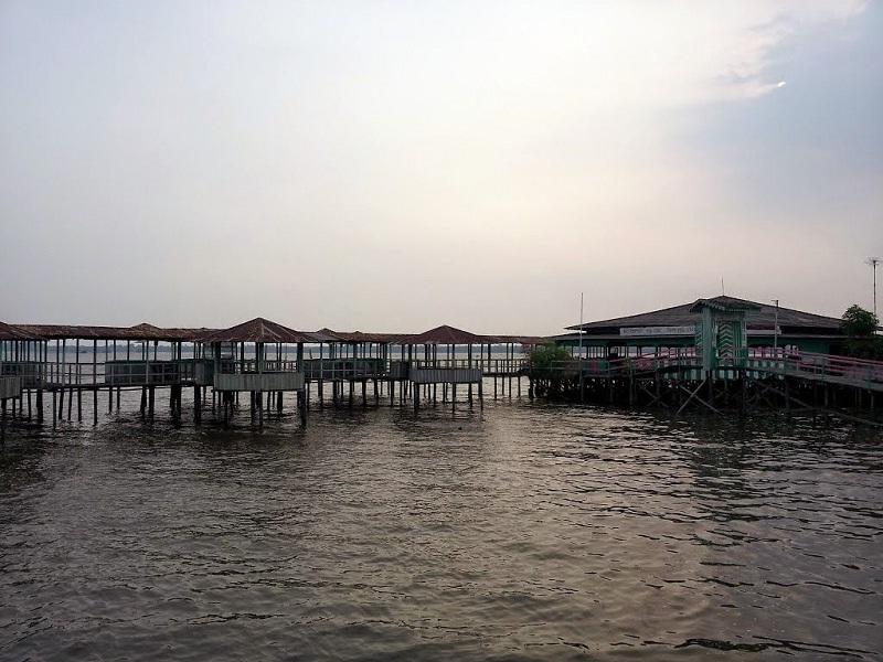 Pantai Indah Kakap, Wisata Alam dan Kuliner yang Wajib Dikunjungi